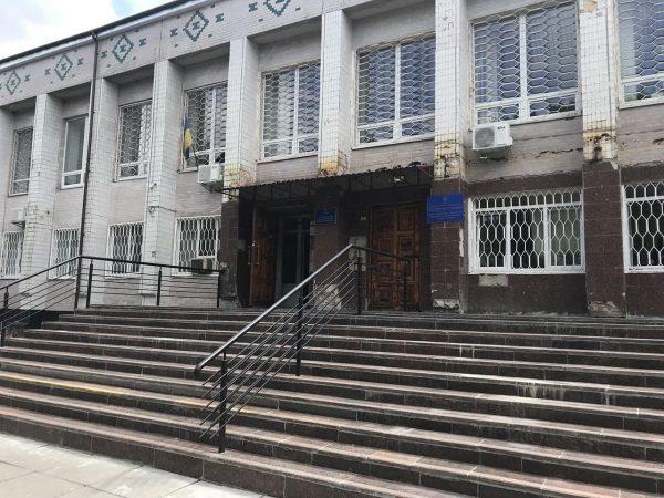 В Александрии остался один судья